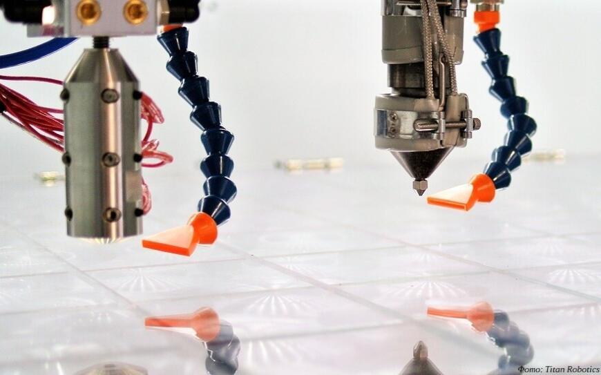 Новый 3D-принтер от Titan Robotics печатает филаментами и гранулятами