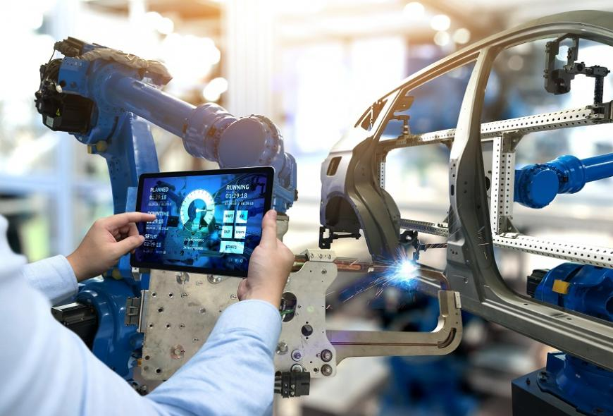 Университет ИТМО и Schneider Electric создают корпоративную образовательную программу «Индустриальные киберфизические системы»