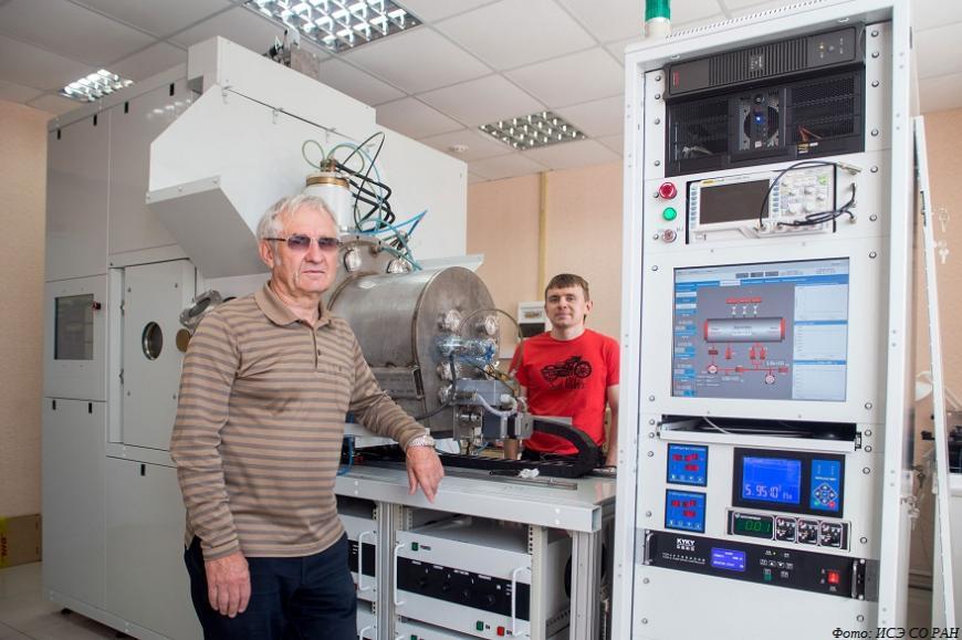 Томские ученые разработали установку для конструирования и модификации поверхностей