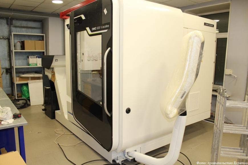 Авиационный техникум в Улан-Удэ получил 3D-принтер и станки с ЧПУ