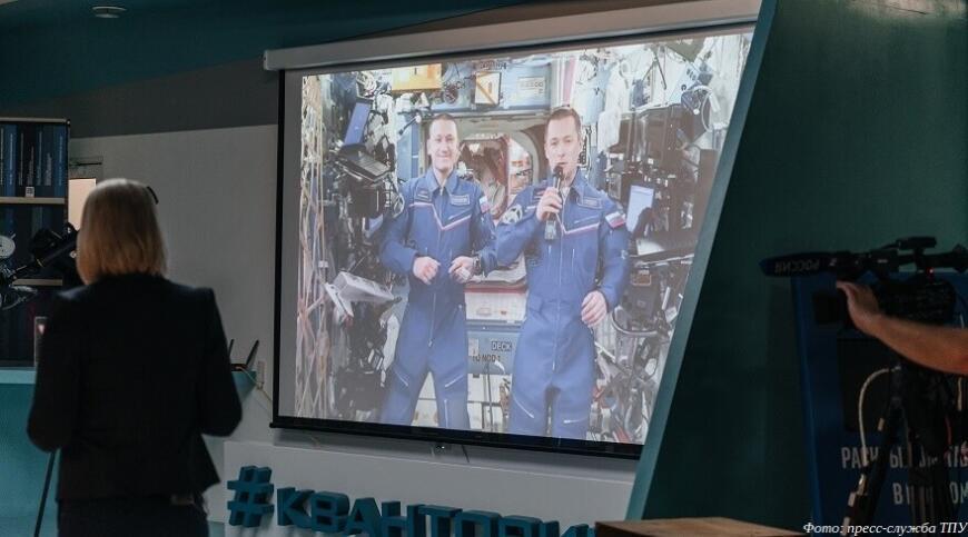 Томские школьники и студенты примут участие в создании роя 3D-печатных спутников