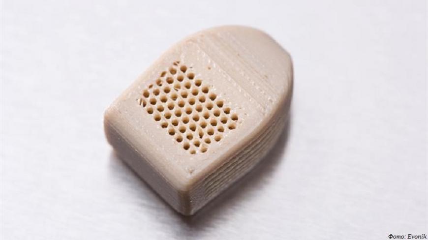 Evonik предлагает медицинский филамент из ПЭЭК для 3D-печати имплантатов