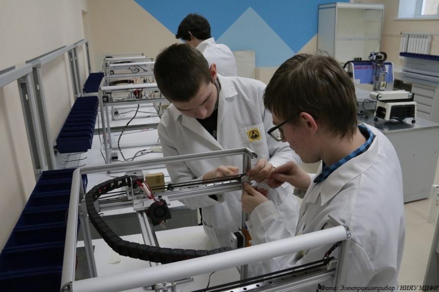Свердловские ядерщики организовали производство 3D-принтеров