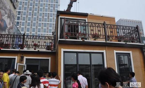 zhuoda-unveils-two-story-3d-printed-module-villas-being-built-in-less-than-three-hours-6.jpg