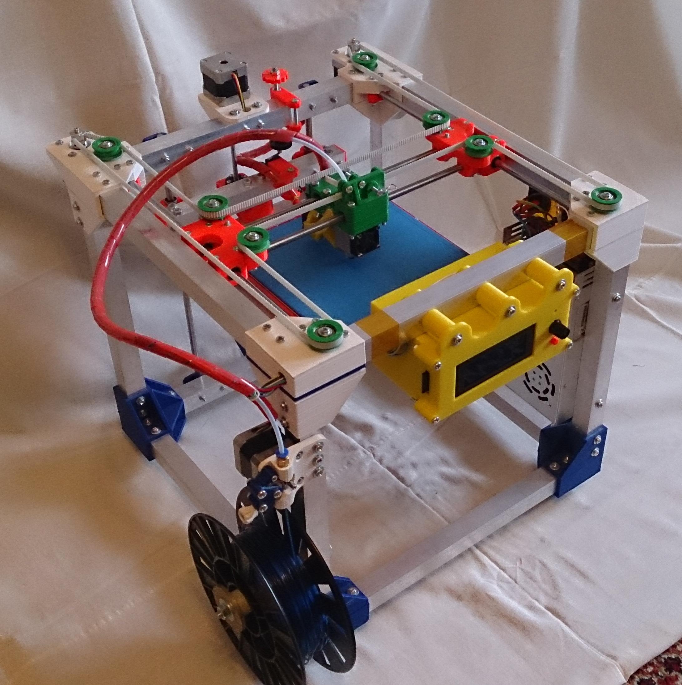 Как волгоградский школьник открыл производство 3D-принтеров