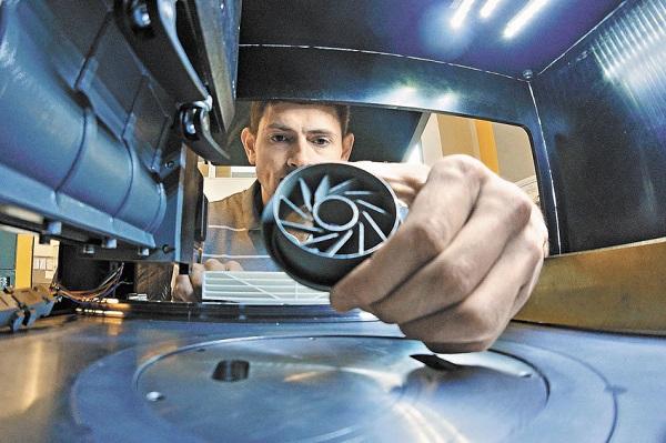 Производство порошка для аддитивных машин, разработанного потехнологии УРФУ, запускают вНовоуральске