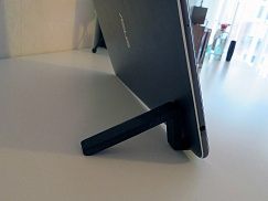 Super-Quick Phone or Tablet Stand